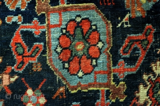Antique Koerdish Bidjar Harshang runner. 