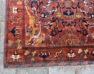 """East Persian Kashmar rug, 199  x 132 cm., 6' 6"""" x 4' 4"""" . Mint condition, with great glossy wool all over and without any wear. Clean and ready to use.  ..."""