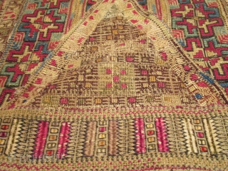 "Greek Islands (Bulgarian) Embroidery 2'0"" X 4'3"" #7882