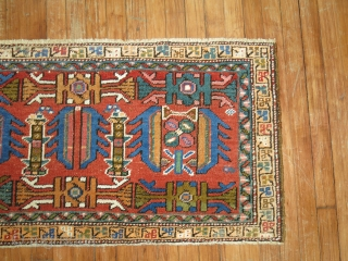 Antique Heriz Nw panel. Size 3'11''x1'11''.  IN very good condition.  Decorative colors and design.