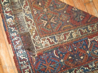 Antique Shiraz Bagface size 2'1''x2'3''.  Unsecured ends.