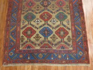 Antique Kurdish Hamedan Size 4'6''x6'4''... As decorative as it gets.  Reminds me of a Bakhshiash Minor low areas.
