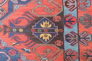 Caucassian Dagystan Sumak very nice colors and excellent condition all original size 3,76 x 2,00 cm Circa 1900-1910