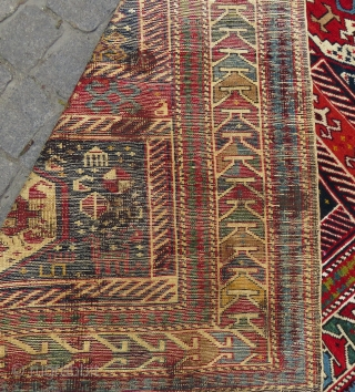 Antique Shirvan rug wonderful colors and very good condition all original it has camel wool and very good pile has size 1,37x1,14 cm Circa 1900