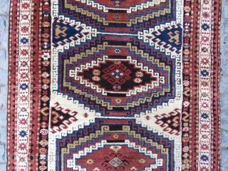 Caucassian Adler kasak aria memnulk gul design wonderful colors and excellent condition all original size 1,93 x 1,34 cm Circa 1900-1910