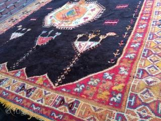 Pile carpet Taznak area, Moroco 210x 320cm
