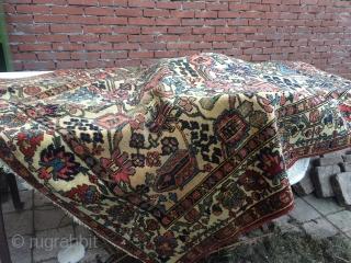 Old Bakhtiari rug, 140x200 cm