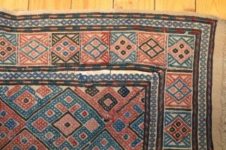 Werneh Kelim aus Kaukasien 187x156cm Reparaturbedürftig.