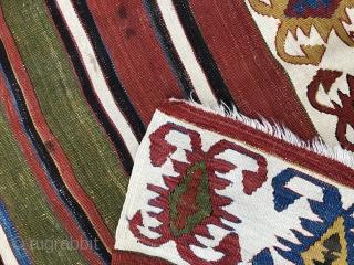 Gemustert Streifen-Kelim gewebt in zwei Hälften, aus Kappadokien (Aksaray) in Zentralanatolien um1800 364.161cm