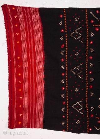 Gudjarat Shawl  83 x 210 cm / 2'8'' x 6'10''