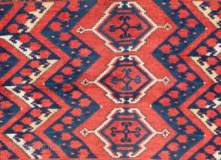 Turkmen Ersari Chuval 96 x 141 cm / 3'1'' x 4'7''