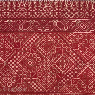 Embroidery from Fez, Morocco, Early 20th C. 85 x 113 cm / 2'9'' x 3'8''