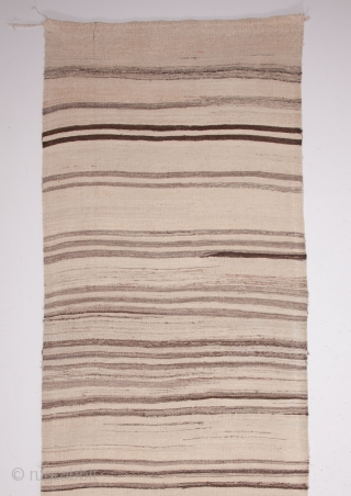 Central Anatolian Vintage Kilim with undyed yarn 91 x 375 cm / 2'11'' x 12'3''