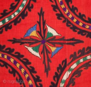 Central Asian Tashkent Suzani 205 x 242 cm / 6'8'' x 7'11''