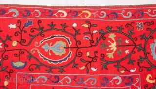 Central Asiaqn Uzbek Nim Suzani 110 x 140 cm / 3'7'' x4'7''