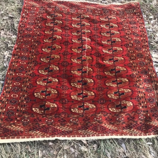 Antique Turkmen Tekke carpet. Size: 110 x 180 cm. Circa 1900