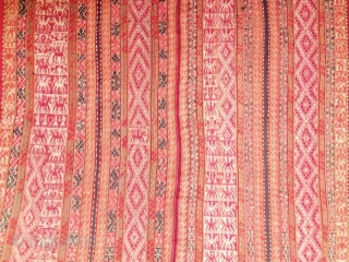 Andean textil traditional ..