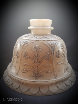 Mughal hookah base of jade estimated to be of 18th century .