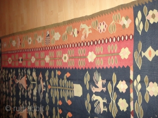 Very  rare  and decorative antique  Thracian / Balkan  kelim  about  1900