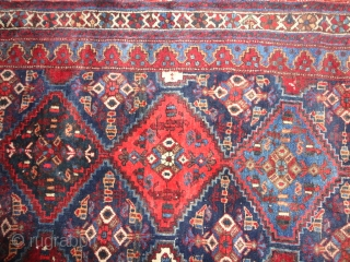 Antique  beautiful  small  Afshar  19 th. century  125 X 132  cm