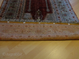 Antik  silk  anatolien  prayer - rug  
