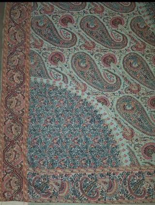 Châle de lune indien du Cachemire antique du 1810e au 1820e siècle, de couleur turquoise rare » Dans de magnifiques combinaisons de couleurs de design, tailles 5,5 pieds par 5,5 pieds, Kashmire shawl