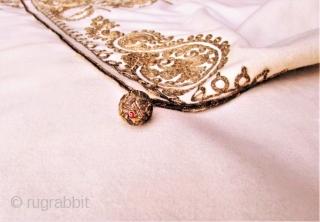 Antique Ottoman Turkish Cape. Metallic gold embroidery on ivory felt.