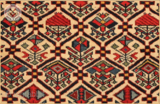 """Daghstan -  Very fine antique Daghstan rug circa 1900 wool on wool foundation Very good condition original fringes, kilim ends and edges Size : 1.47m x 1.20m  4`10"""" x 3`11"""""""