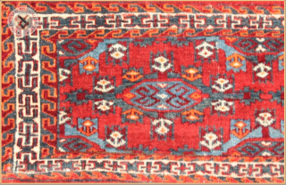 "TR 2250 -  Antique Yamut Kapsi Torba circa 1890 wool on wool foundation Very good condition Size : 1.00m x 0.42m  3`3"" x 1`5"""