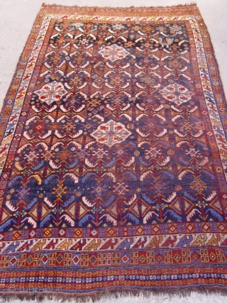 "Antique Persian Khamseh , 4' x 7'8""ft. 122 x 324 cm. shows an image of one bird/chicken, good original condition, has some areas with lower pile, ."