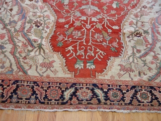 "9'2"" x 13'10"" Very fine antique Persian Serapi Heriz rug, Circa 1910's, excellent original condition, no restoration,very tightly woven,  full wool pile throughout the rug, hand washed professionally."