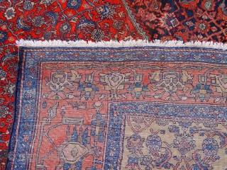 "Antique Persian Farahan Oriental Rug, ca. 1900, size is 4'6"" x 6'6"""