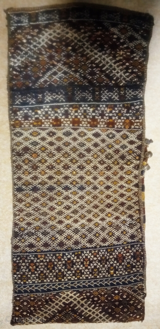 antique and collectible moroccan berber kilim pillow, no: 422, size: 78*32cm, (silk and cotton and wool) on wool.