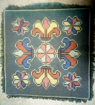 Swedish cross stitch, no: 423, size: 31*31cm.