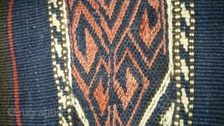 Antique Anatolian Juval(Jual) Face on linen, no: 143, size: 73*61cm, 19th century, wool and wool, all natural colors.