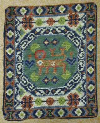 Antique cushion swedish cross stitch, no: 197, size: 34*28cm, pictorial design(Lion), wool on linen, all natural colors.