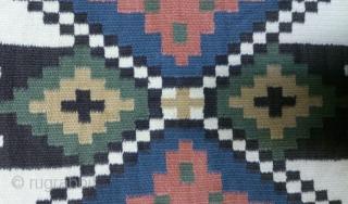 Antique Swedish Kilim, no: 251, size: 124*48cm.