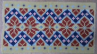Antique Swedish Kilim, no: 267, size: 125*69cm.