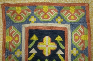 Antique Swedish cross stitch wool on linen, no: 202, size: 50*24cm, signed( E J) and dated 1708, wall hangings.