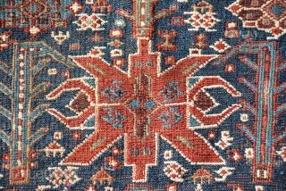 Beautiful Bird heads Bakhtiyar? sumack bag  End 19 century Size is 50 x 40 cm