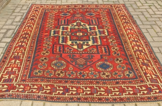 ANTIQUE WEST ANATOLIAN  BERGAMA CM 1.97 X 1.78 1860/80 CIRCA  NATURAL COLORS VERY GOOD  CONDITION