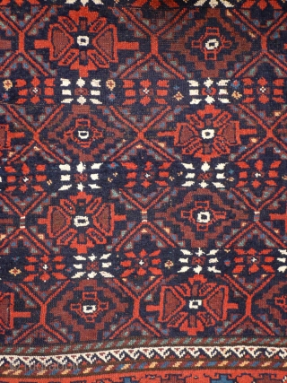 901 Kordi rug, 135/210 cm, Esfarayen area, Khorasan, Northeast Persia, 1st quarter 20th century, interesting design variations, natural colours only, some small restorations, fair pile, cf. Stanzer, Kordi..., 1988, p. 109!