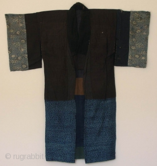 Aigi, Japan, late Edo (circa 1850), cm 128x120. A mid-nineteenth century 'aigi' or 'juban', which are the Japanese names for an under-kimono. What makes an under-kimono splendid, especially one sewn from 'recycled'  ...