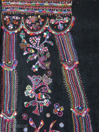 Tunisa Arab tribal wedding veil. embroidery on hand loomed and tie-dyed wool fabric. Traditional Tunisian couching embroidery with their designs. Circa 1940s