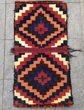 Qhasgai saddle bag.   size—1'8^5x1'9^5 ft ——52x55cm—