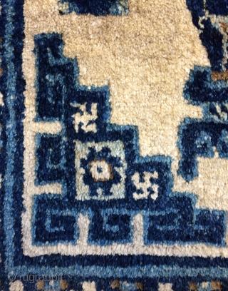 China carpet size 130x65cm