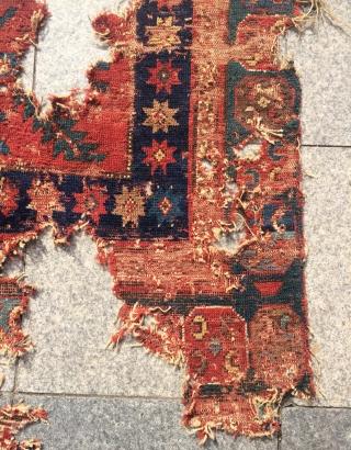 Very old Caucasian fragmand carpet 18.century size 160x115cm