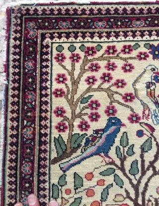 Tehran rug size 102x76cm