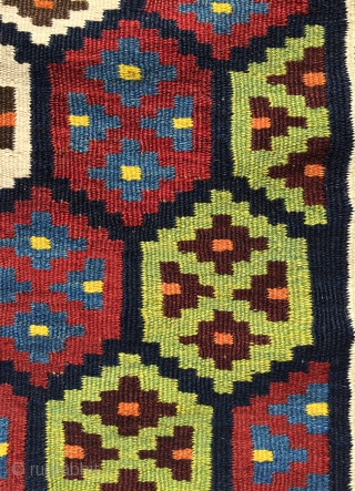 Bahtiyar very good  quality and all colors natural dyes kilim size ' 385x115cm