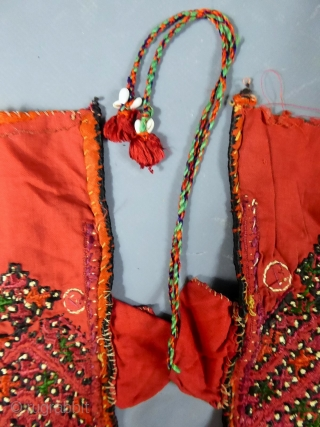 Indian Kutch Or Gujarat silk and embroidered blouse early 20 c. Pecfect condition.